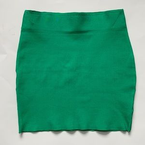 HOT MIAMI STYLES Green bandage skirt